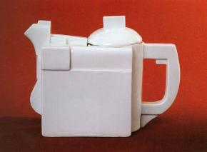 Kettle with lid