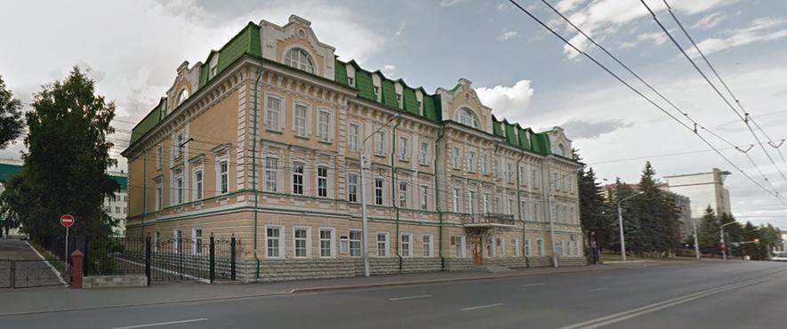 The building of the Institute of Arts (architecture of the XIX century) on Tsyurup St., 9, in which the virtual branch of the Russian Museum is located.